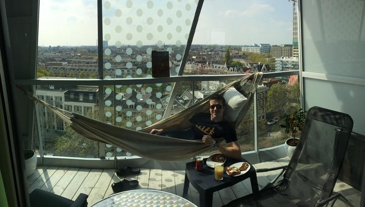 Balcony!