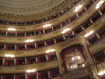 La Scala - balcony