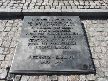 Auschwitz-Birkenau (commemmoration stone)